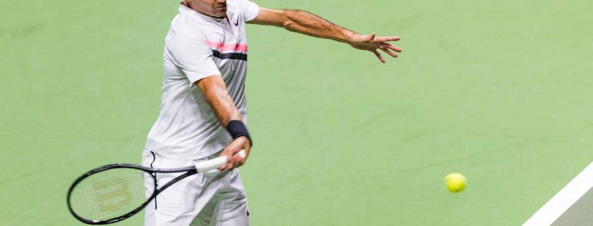 Federer debuts number 1 winning the Rotterdam tournament